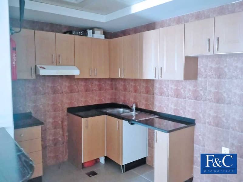 2 Bright and Spacious Unit |