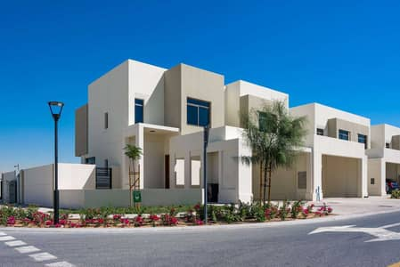 4 Bedroom Townhouse for Rent in Town Square, Dubai - Beautiful Corner Unit in Great Location
