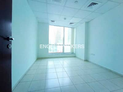 Office for Sale in Jumeirah Lake Towers (JLT), Dubai - Vacant Unit | Fitted Office | Bright Area