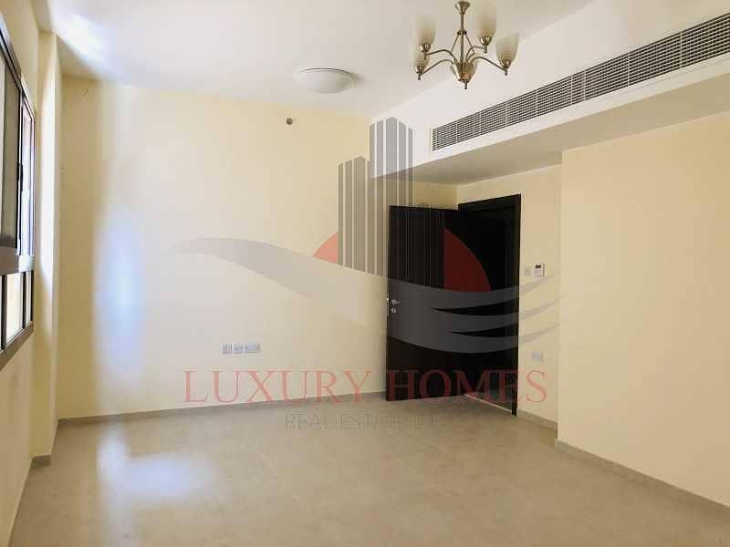 Exquisite Brand New Apartment at Prime Location