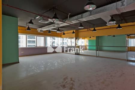 Office for Sale in Jumeirah Lake Towers (JLT), Dubai - DMCC free zone license | Walking Distance to Metro