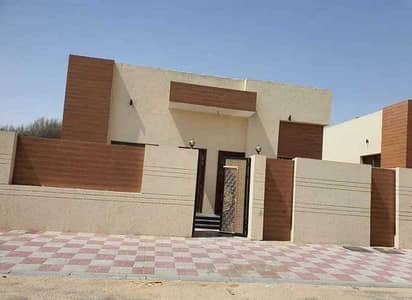3 Bedroom Villa for Sale in Al Zahya, Ajman - Own a villa in Ajan, Al Zahia area, 800 thousand cash or through the bank without down payment
