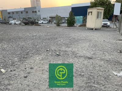 Industrial Land for Rent in Al Quoz, Dubai - Al Quoz 50,000 sq. Ft open yard for rent in a prime location