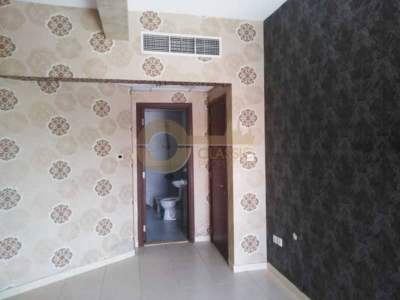 1Bedroom   Emirates cluster   With Balcony  Sale