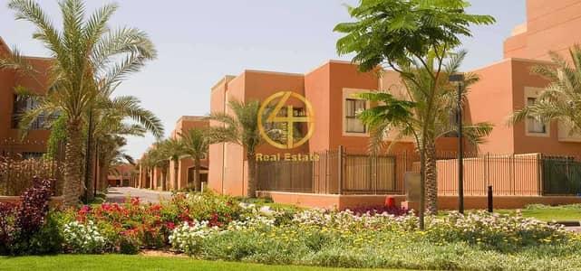 فیلا 2 غرفة نوم للبيع في مدينة بوابة أبوظبي (اوفيسرز سيتي)، أبوظبي - LUXURY2 SWEET VILLA|OUTSIDE MAJLES|POOL|ELEVATOR