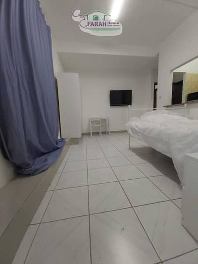 Studio for Rent in Tourist Club Area (TCA), Abu Dhabi - beautiful studio in building for monthly rent in Tourist Club