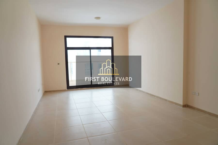 SPACIOUS 1BR | GREAT LOCATION | HOT DEAL