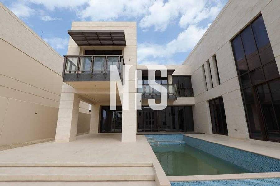 2 Spacious & Laxurious Villa with Swimming Pool .