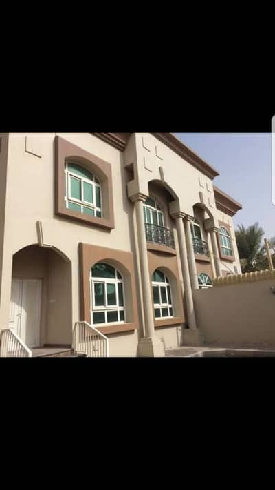 for sale 2 villa in  7775 ft The area is divided into 2 villas alqoaz sharjah