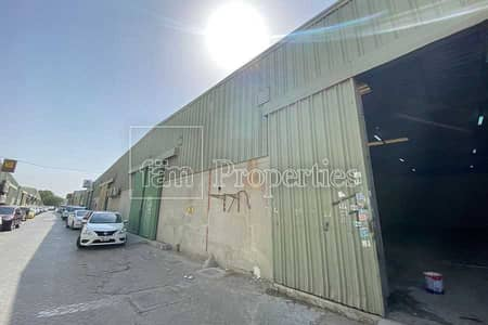 Warehouse for Rent in Al Quoz, Dubai - Al Quoz Industrial 1 fitted warehouse for rent