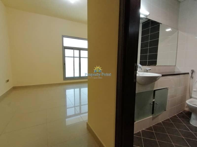 10 Huge 3-bedroom Unit | Maids Rm | Parking & Facilities | Mina Road