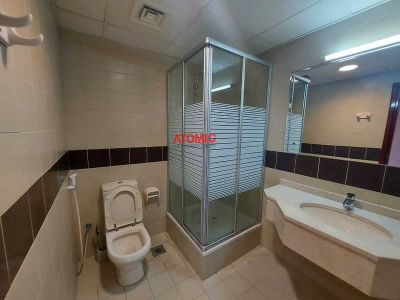 10 Cheapest 1Bed ll Golf Course View ll Walk in Shower with Balcony