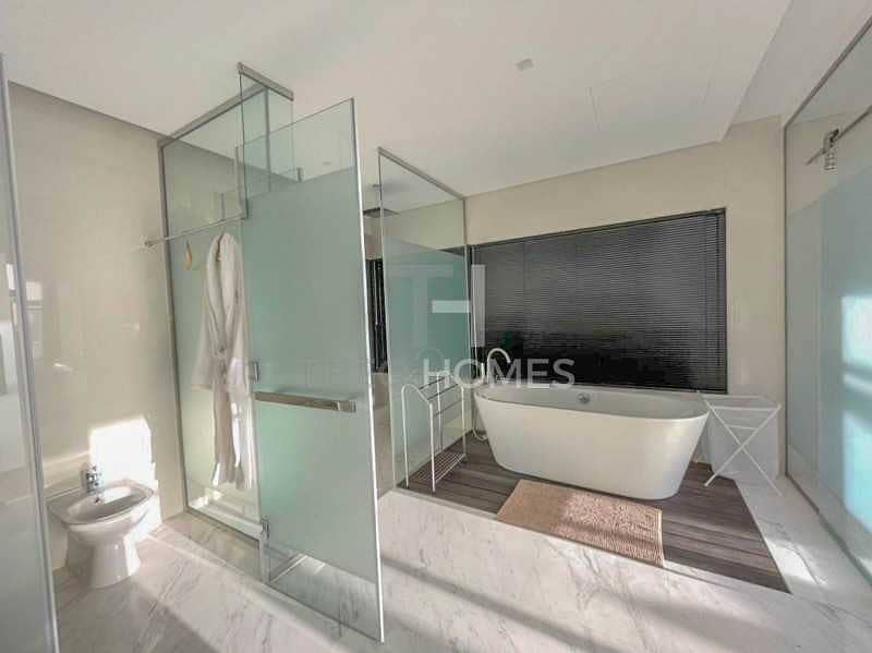 2 Luxurious Design Furnished Golf View VD2