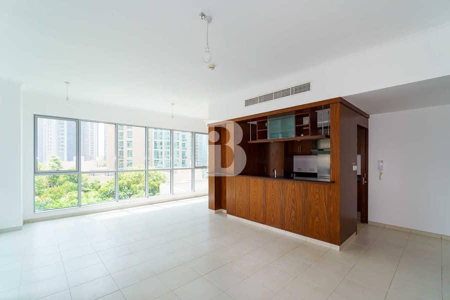 Spacious/High Floor/ 2 Bedroom  Boulevard view