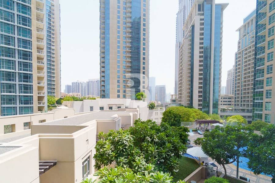 22 Spacious/High Floor/ 2 Bedroom  Boulevard view