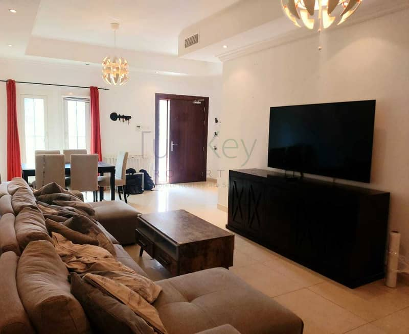 2 Ready to Move. 3Bed+Maids/ Basement/Terrace.