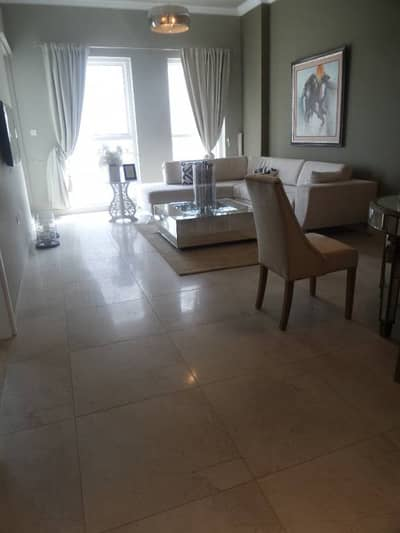 Brand New 1BR Aprtment with Study Room in 700k