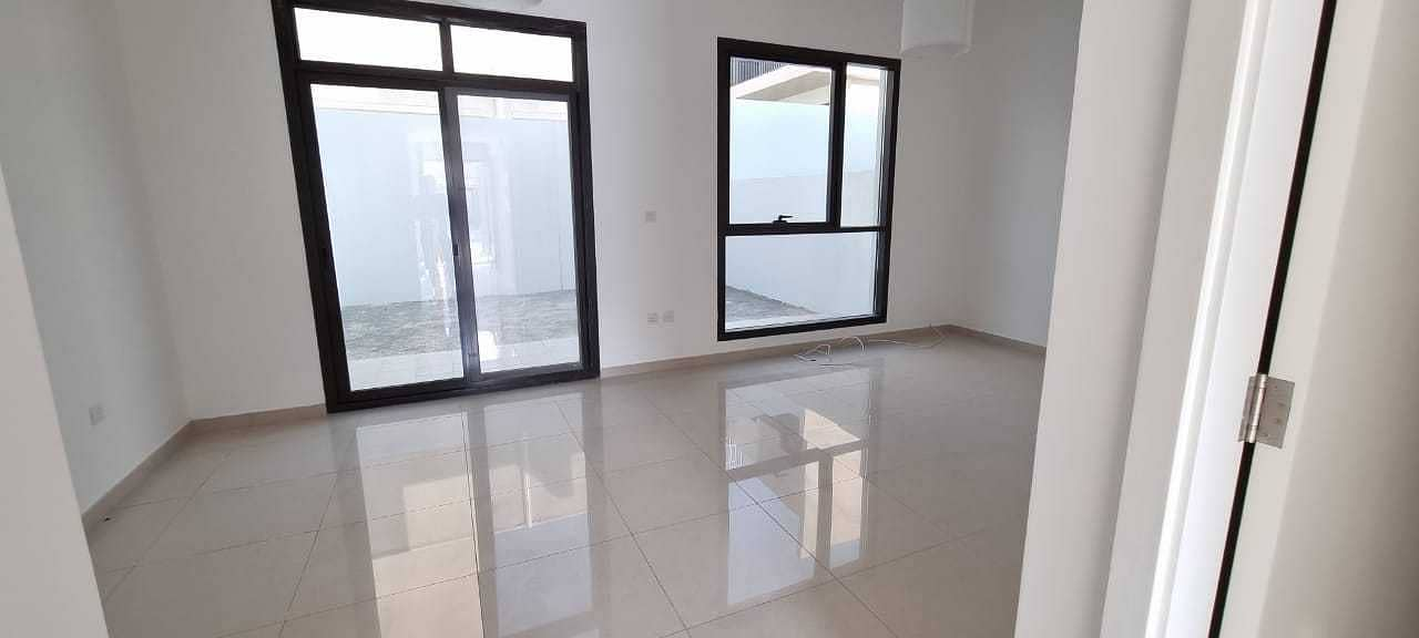 Close to spinneys 2BR villa with big living hall and store room rent 60k