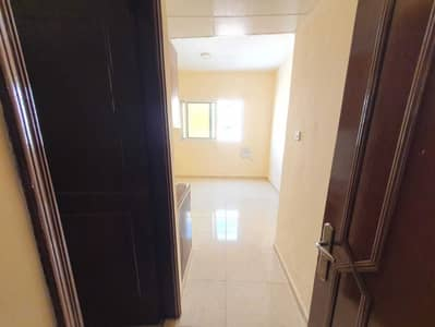 Studio for Rent in Muwailih Commercial, Sharjah - Wow super  limited time offer Cheapest price huge studio just 8k in muwielah Sharjah