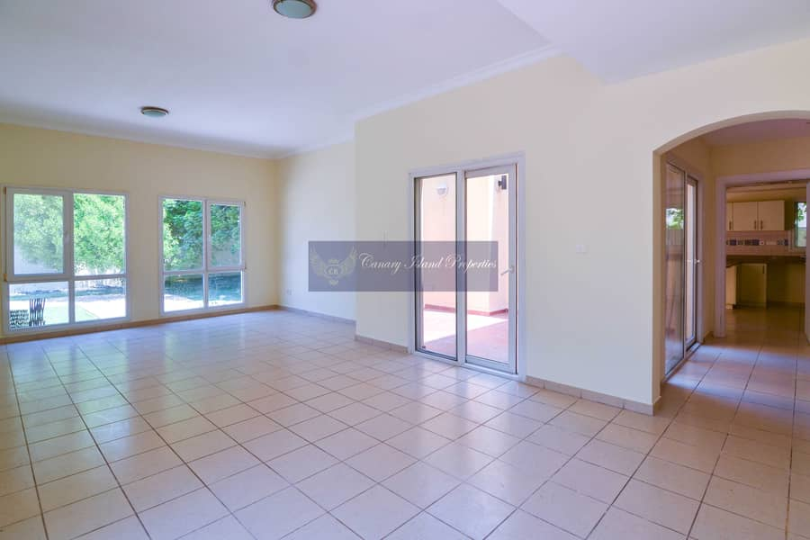 Perfect Condition | 4 Bed | Landscaped | Meadows 2