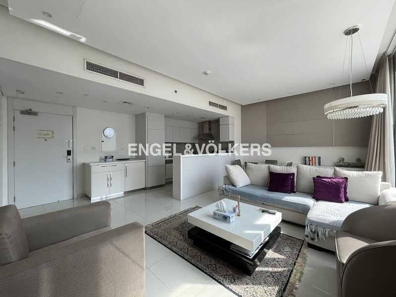 2 Exclusive  Cozy Layout  Bright & Elegant