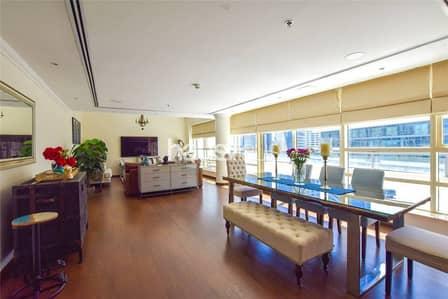 Upgraded Penthouse | VOT | Marina views