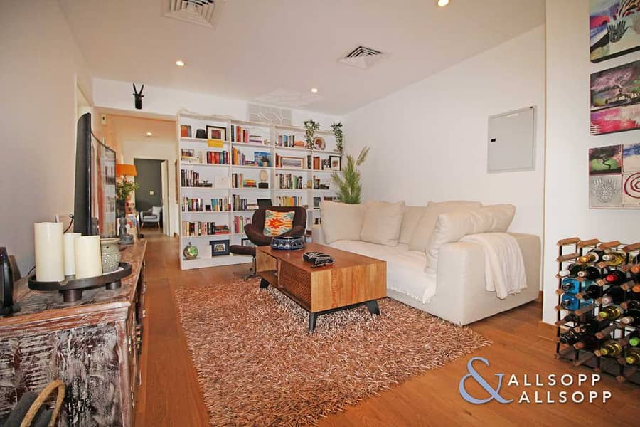 16 Exclusive | Fully Upgraded | 3 Bedroom