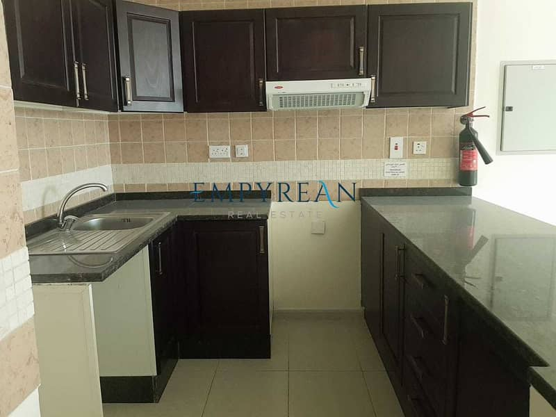 22 Elegant 1 Bedroom available only 35