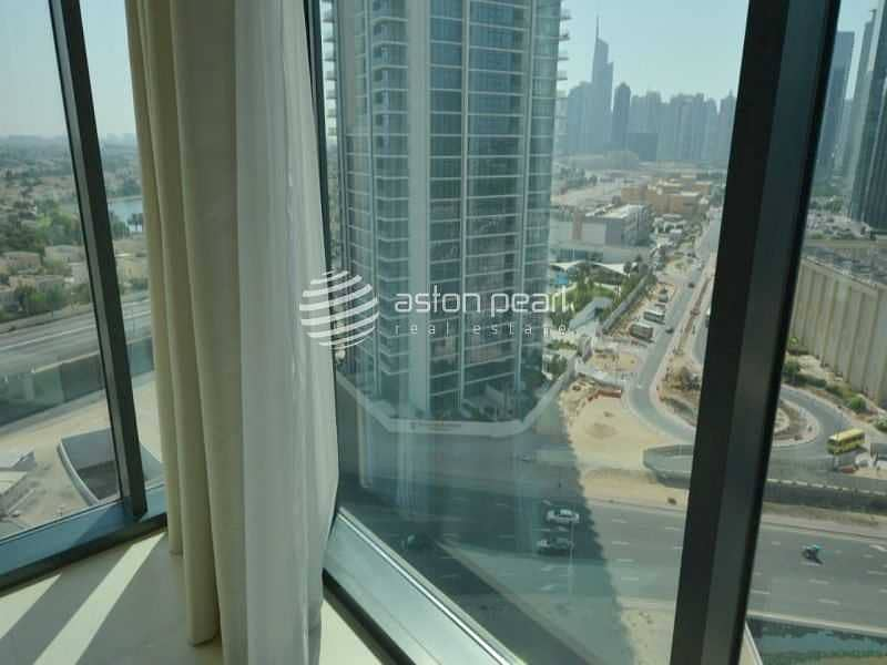 16 Luxury Fully Serviced Apt. | Vacant | High Floor