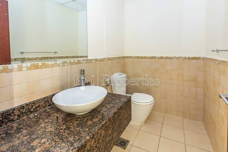 14 Large Layout 1BR+Store on Low Floor