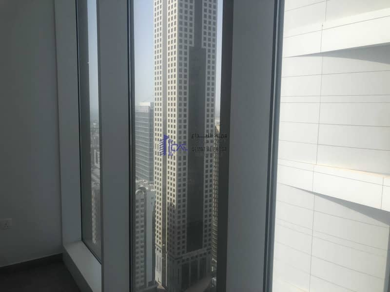 11 A luxury apartment for rent in Emirates towers