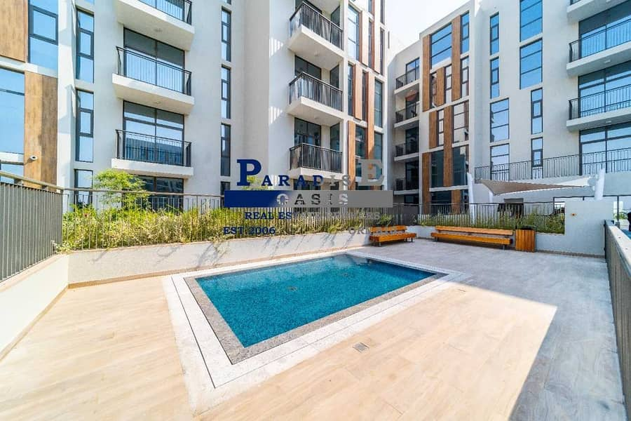 22 Spacious | Large Terrace | Pool & Gym Level