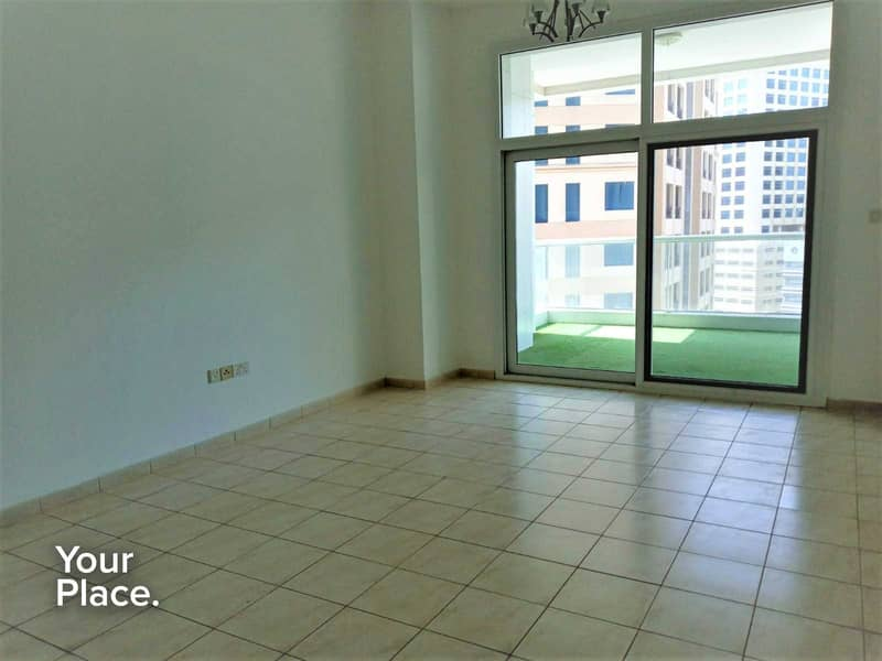 2 Huge Layout   Closed Kitchen   Spacious Balcony