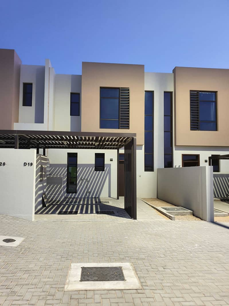 2 Bedrooms Townhouse for rent in Nasma Residences in Phase 1