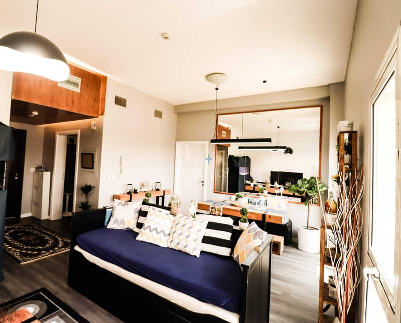 14 FULLY FURNISHED EXTRAVAGANT MATERIAL ONE BEDROOM