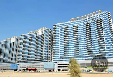 2 Bedroom Flat for Sale in Dubai Residence Complex, Dubai - Investor Deal   Rented   Maintained   Huge 2 Bedrooms