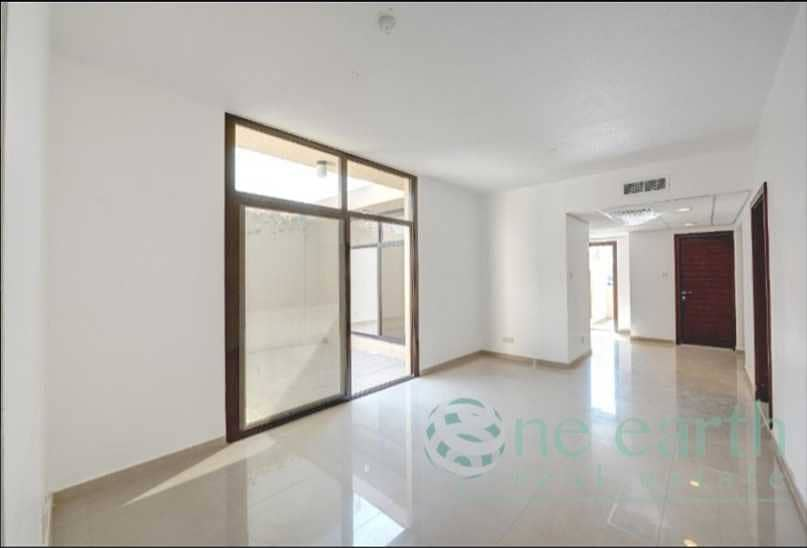 Single Storey | Compound Villa | Well Maintained