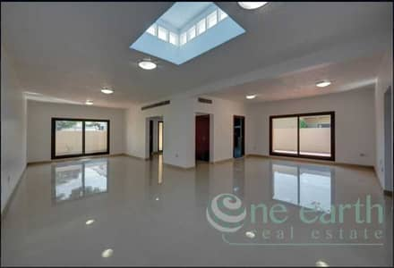 3 Bedroom Villa Compound for Rent in Jumeirah, Dubai - Jumeirah 2 | 3 Bed | Single Storey | Shared Pool