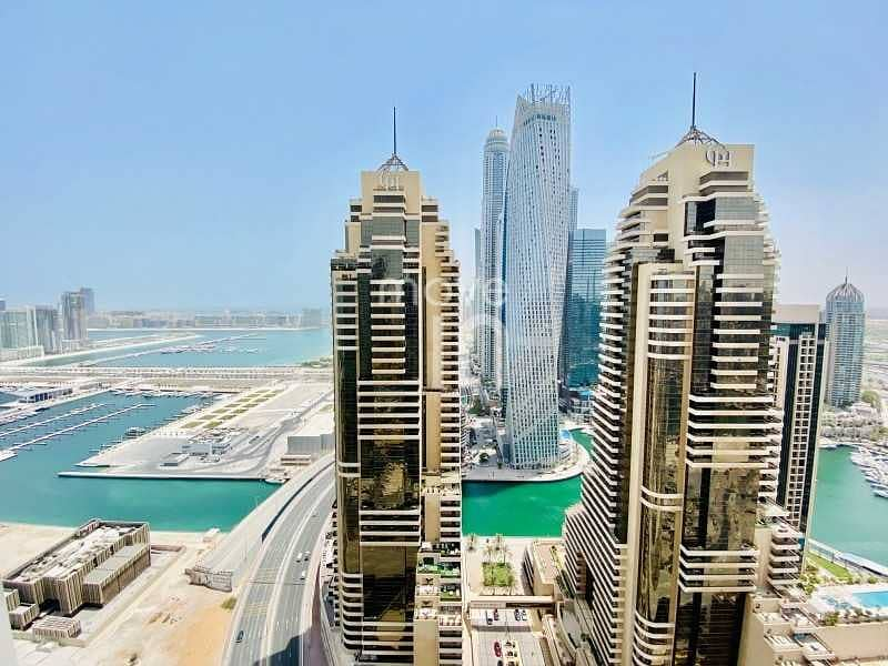 2 Stunning Studio - Sea Views - High Floor