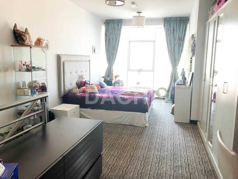 VACANT / Duplex / Fully Furnished