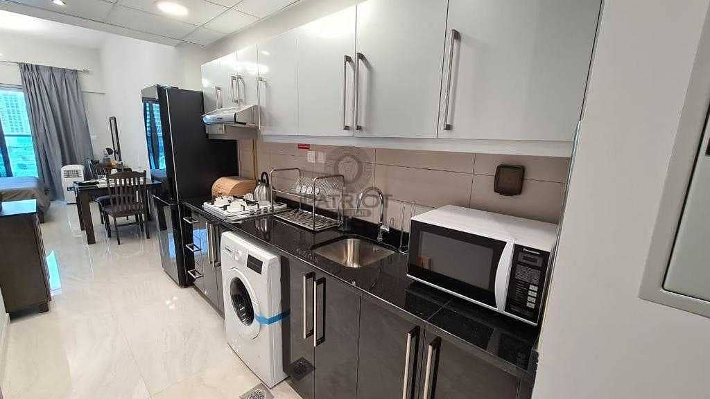 2 DISTRESS SALE   BEAUTIFUL HIGH FLOOR UNIT   FULLY FURNISHED
