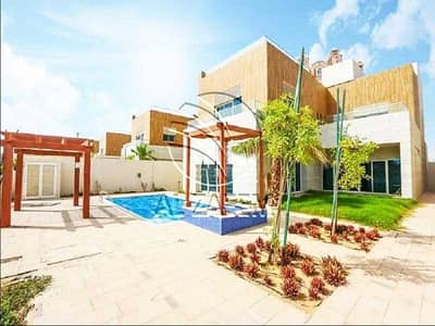 5 Bedroom Villa for Rent in Corniche Road, Abu Dhabi - Modified lOVELY Villa   Pool   Garden   Driver Room