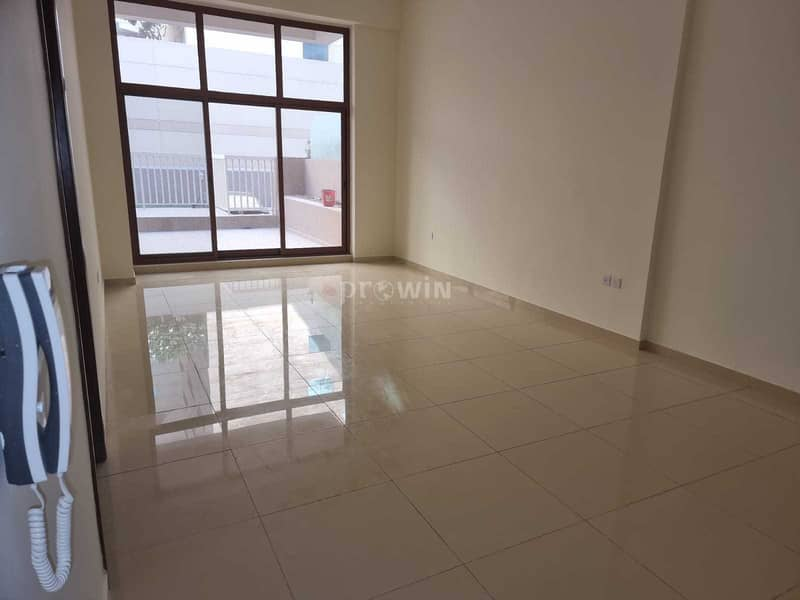 AMAZING 1 BEDROOM PLUS STUDY|WITH A BIG TERRACE IN THE GROUND FLOOR!!!