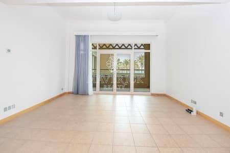 فلیٹ 1 غرفة نوم للبيع في نخلة جميرا، دبي - Sea View | Large 1BR | Beach Access