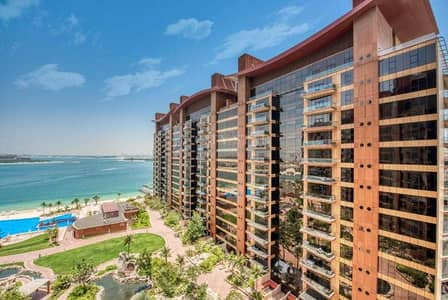 3 Bedroom Apartment for Rent in Palm Jumeirah, Dubai - 3 BR with storage
