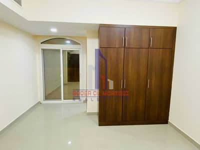 1 Bedroom Flat for Rent in Muwailih Commercial, Sharjah - 45 Days  Free ! Lavish 1bhk Rent 25K By Parking + Wardrobes + Balcony  !