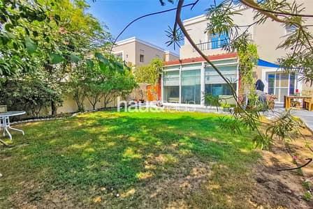 فیلا 3 غرف نوم للبيع في المرابع العربية، دبي - Upgraded   Close to park   Private Garden