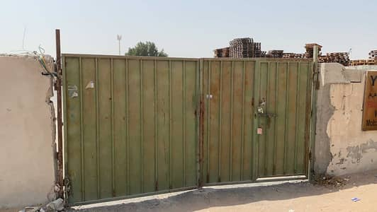 Industrial Land for Sale in Al Saja, Sharjah - land with electricity on  large street in Saja'a