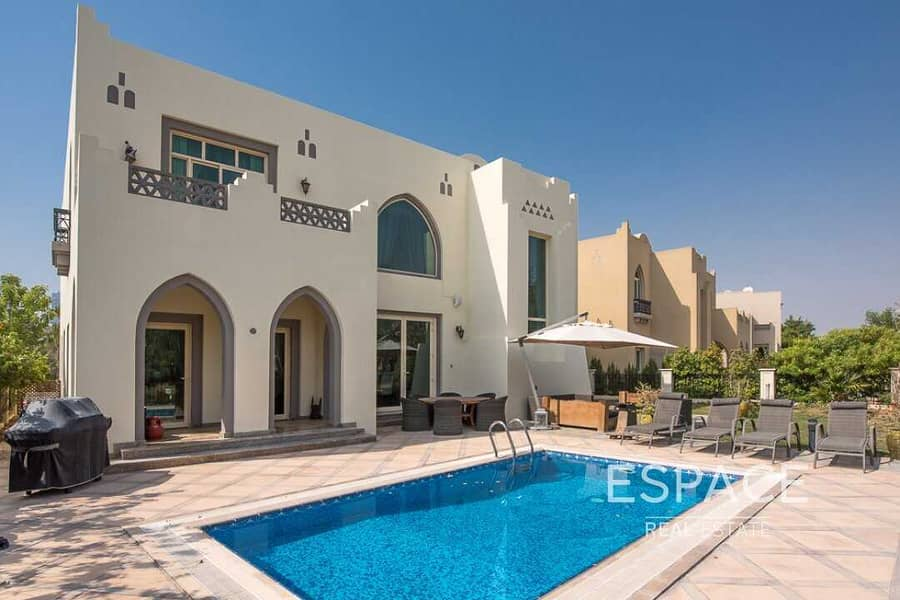 12 Upgraded Egyptian Garden Hall Villa