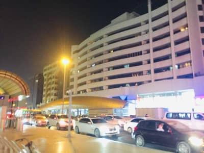 استوديو  للايجار في ديرة، دبي - شقة في الرقة ديرة 28000 درهم - 5375597